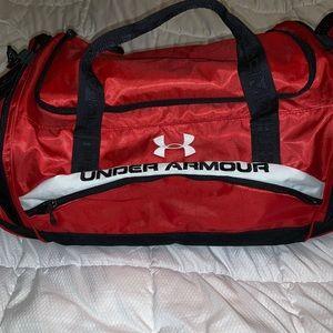🥎 under armour bag 🥎